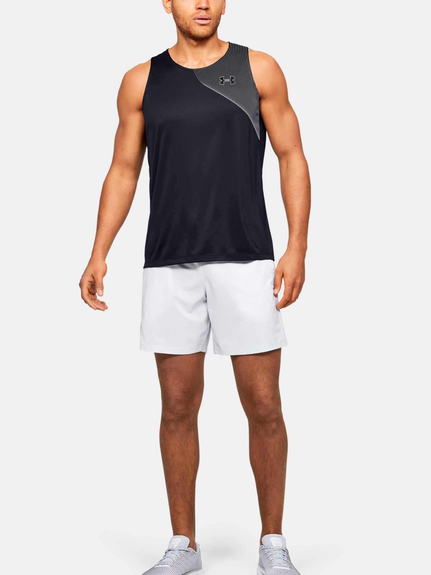 Tielko Under Armour M  Qlifier ISO-CHILL Singlet-BLK (6)
