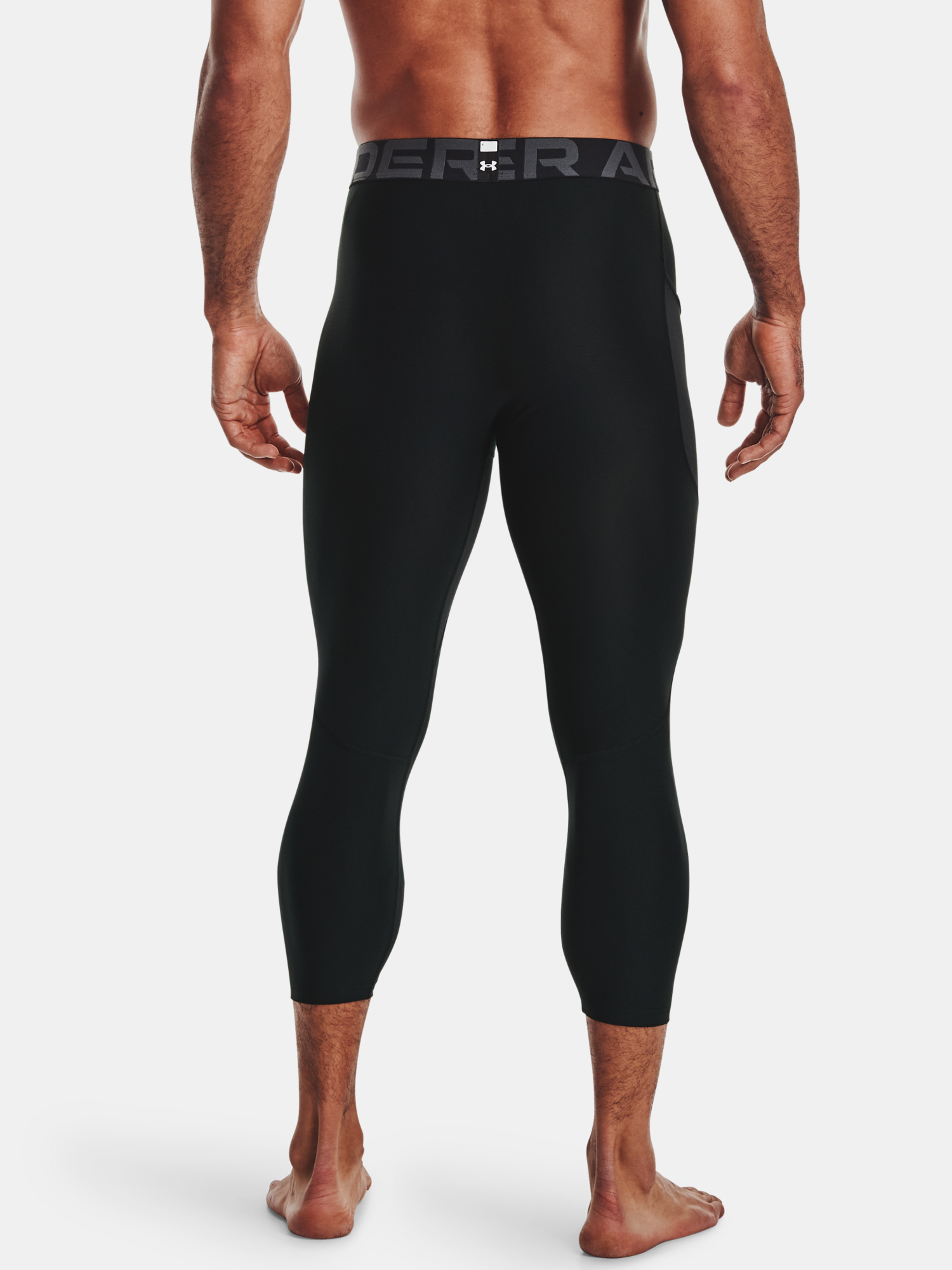Legíny Under Armour HG Armour 3/4 Legging-BLK (2)