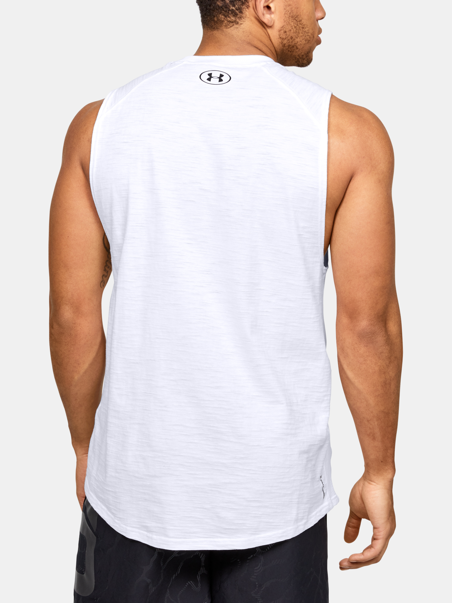 Tričko Under Armour Charged Cotton Tank (2)