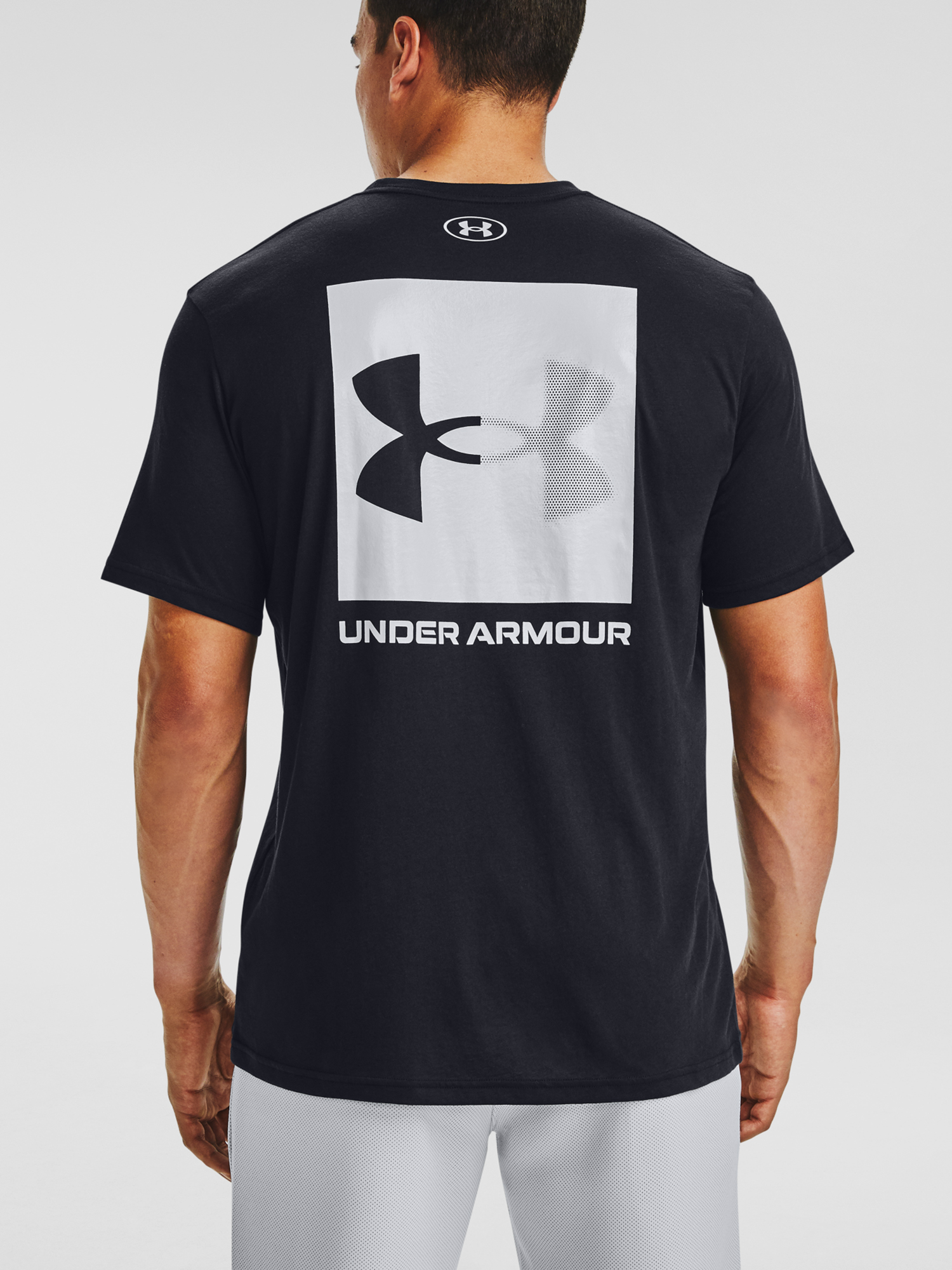 Tričko Under Armour UA BOX LOGO SS-BLK (2)