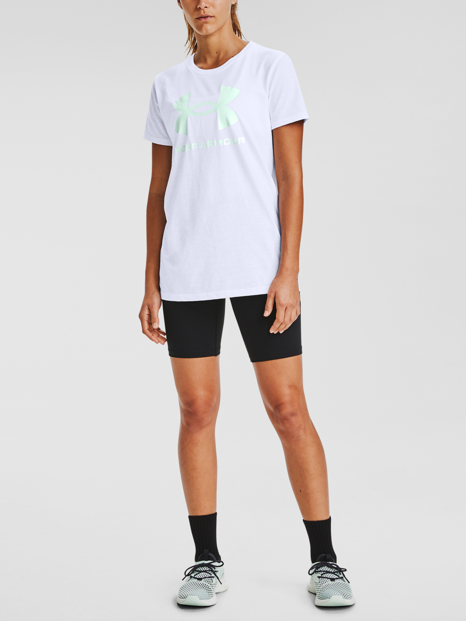 Tričko Under Armour Live Sportstyle Graphic SSC-WHT (3)