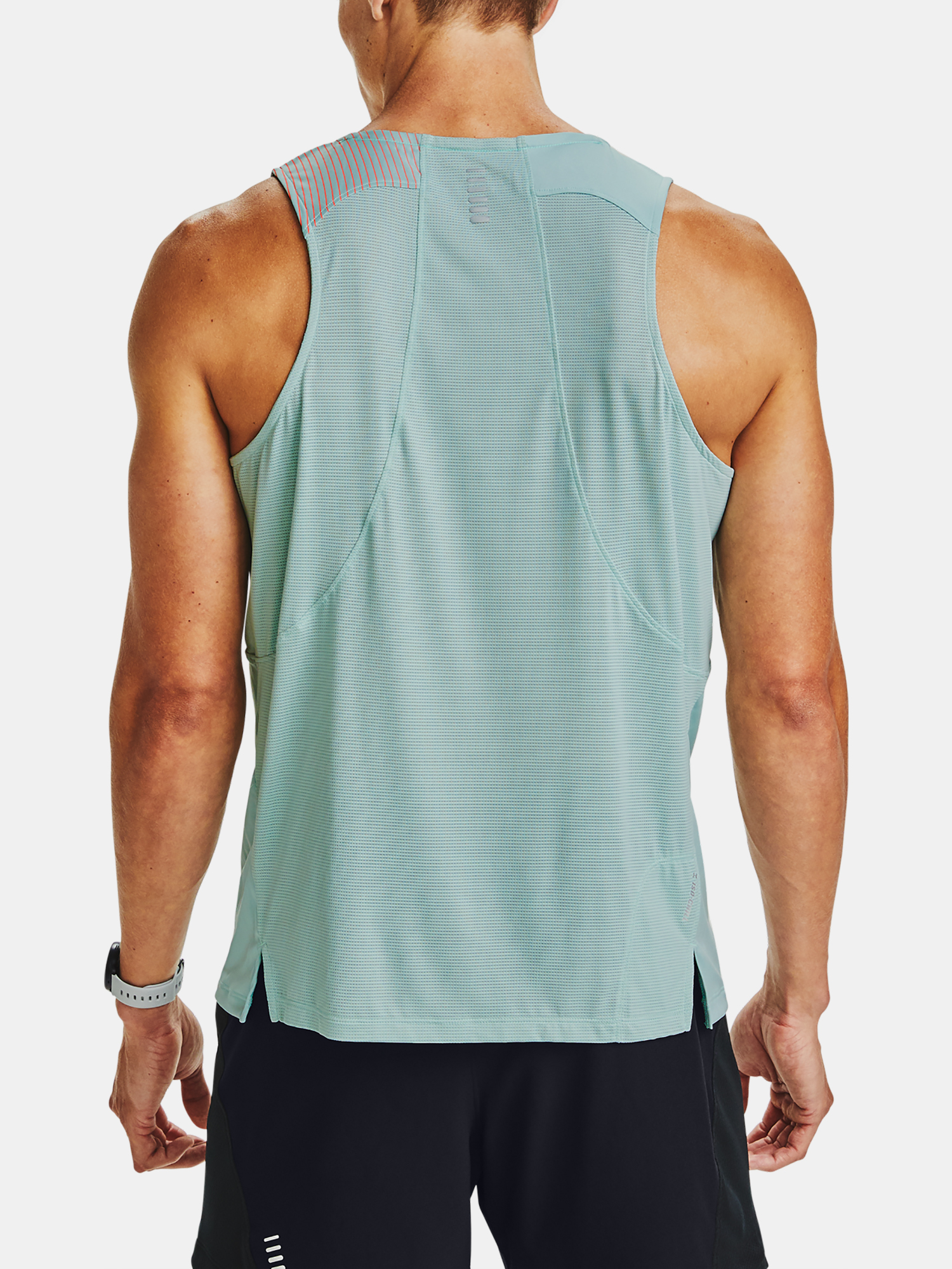 Tielko Under Armour M  Qlifier ISO-CHILL Singlet-BLU (2)