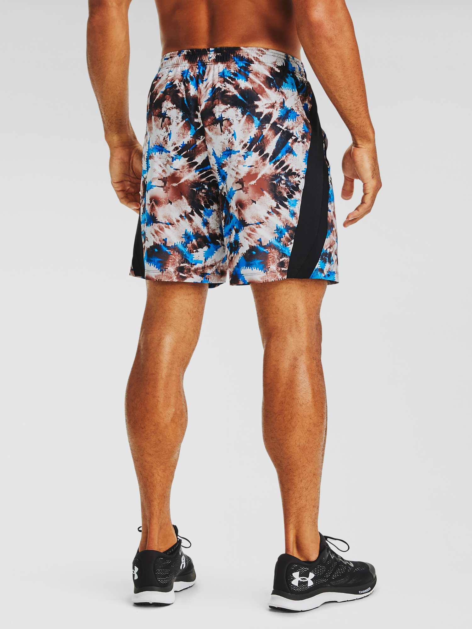 Kraťasy Under Armour UA LAUNCH SW 7'' PRINTED SHORT-RED (2)