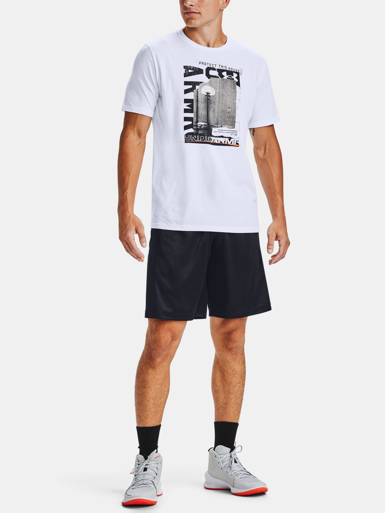 Tričko Under Armour UA BASKETBALL PHOTOREAL SS-WHT (6)
