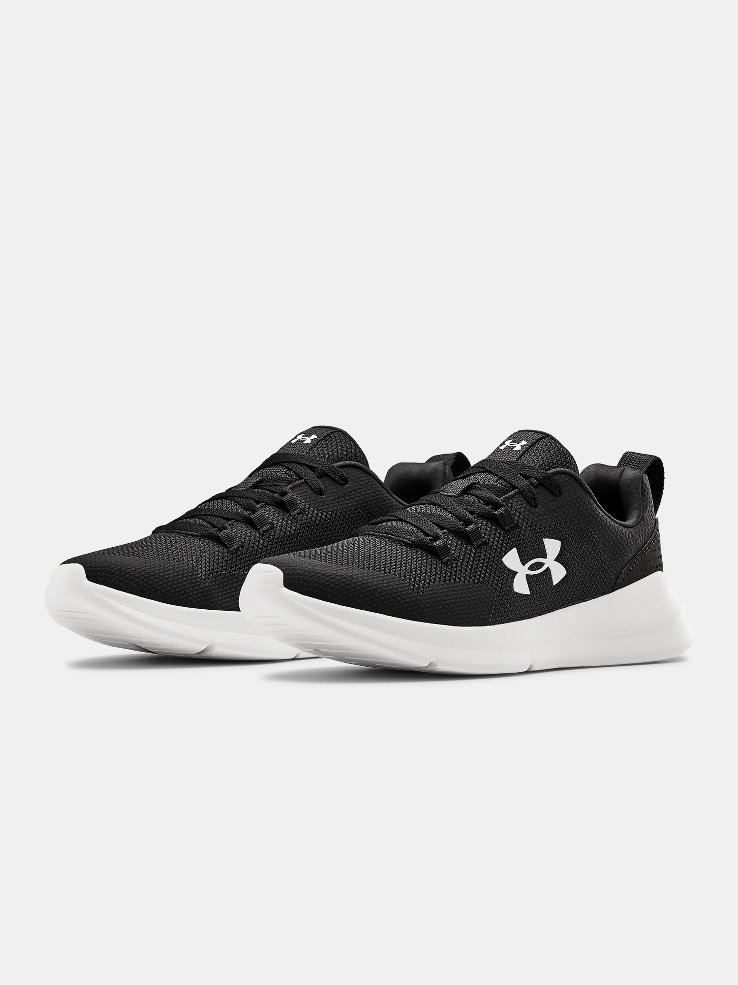 Topánky Under Armour UA Essential-BLK (3)