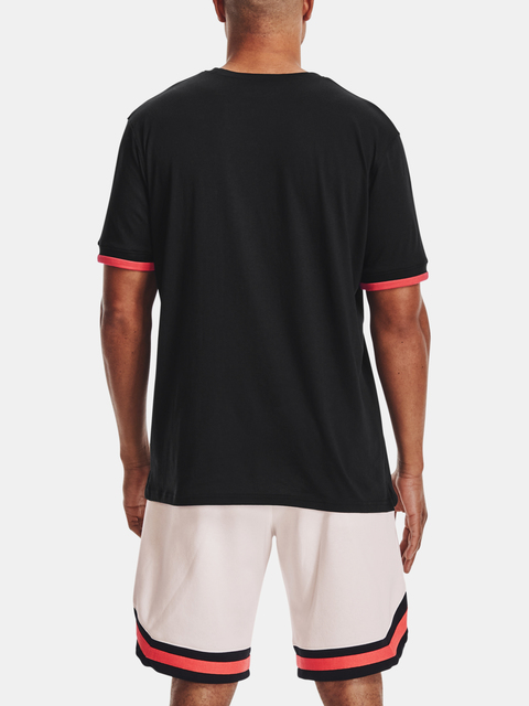 Tričko Under Armour CREST SS-BLK