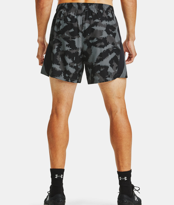 Kraťasy Under Armour UA Launch SW 5'' Camo Short-BLK (2)