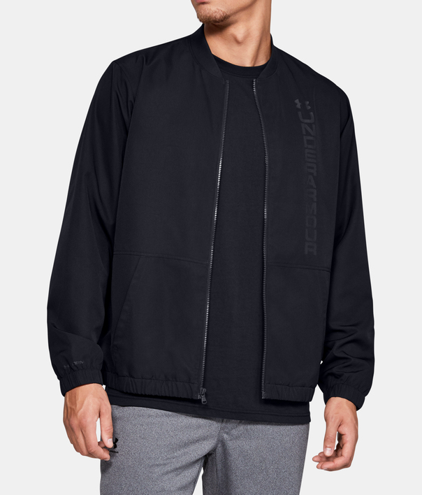 Bunda Under Armour Unstoppable Essential Bomber-Blk (1)